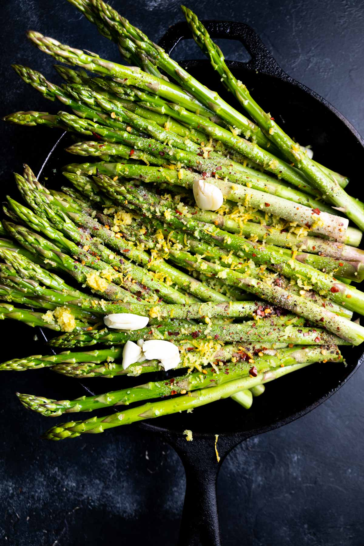 asparagus in a cast iron skillet